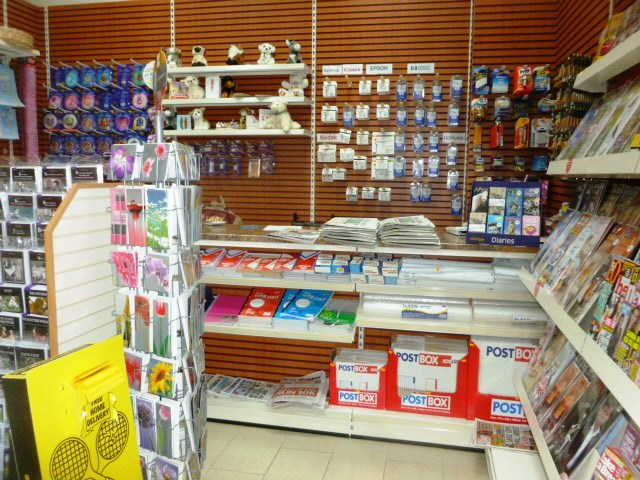 Newsagent and Stationers Kiosk in Bromley For Sale