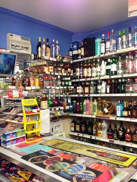 Off Licence in Horsham For Sale