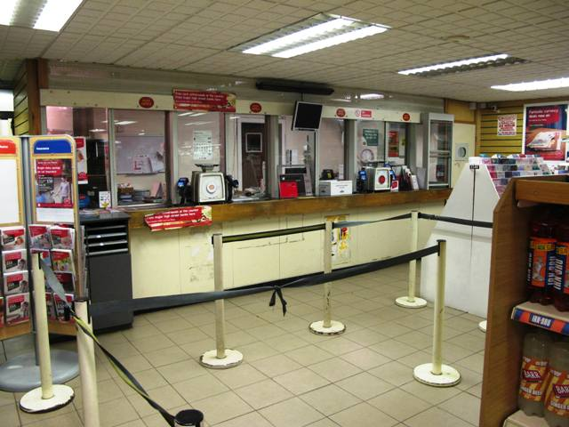 Profitable Self Service Convenience Store, Counter News, Confectionery, Tobacco, Full Free off Licence, Main Post office for sale in Helensburgh for sale