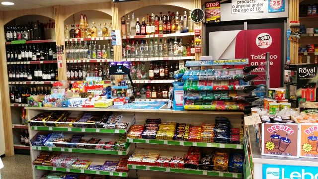 General Store with Off Licence in Southampton For Sale