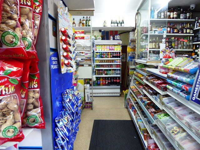 General Store with Off Licence in Selhurst For Sale