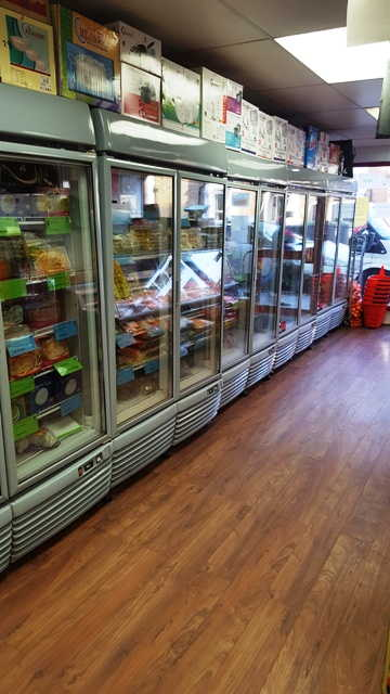 Supermarket with Butchers & Fruit & Greens in Hornsey For Sale