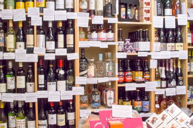 Delicatessen and Off Licence in Berkshire For Sale for Sale