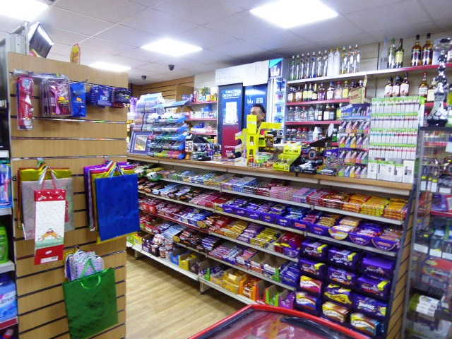 Convenience Store in Luton For Sale