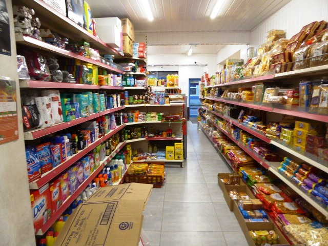 Convenience Store, Fruit & Greens & Butchers in Luton For Sale
