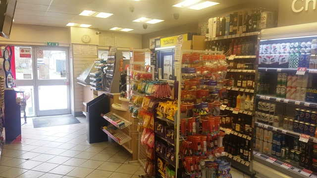 Convenience Store in Grimsby For Sale