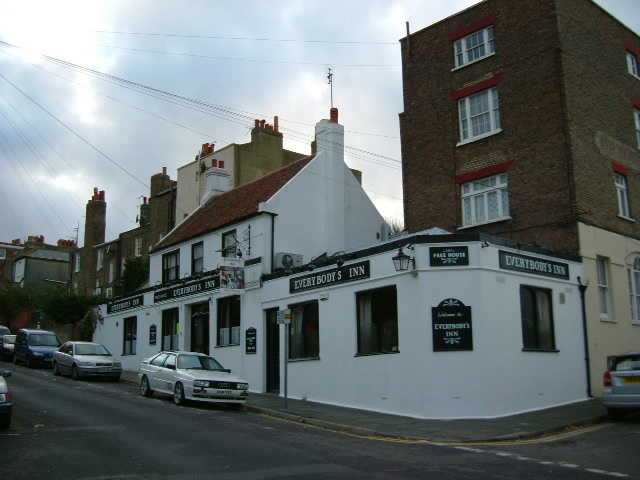 Attractive Semi-detached Freehold Freehouse, Kent for sale