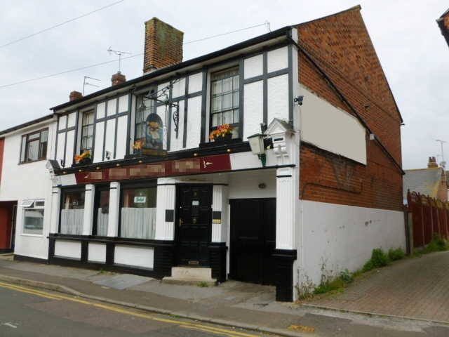 Spacious Semi-detached Freehold Freehouse, Essex For Sale