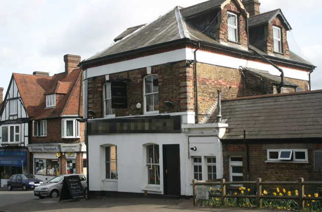 Spacious Detached Public House and Restaurant in Surrey for sale