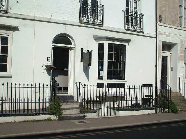 Well Equipped Freehold Unisex Hairdressing Salon, Kent for sale