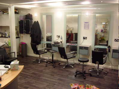 Well Equipped Freehold Unisex Hairdressing Salon for sale in Kent for sale