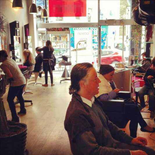 Well Established Unisex Hairdressing Salon, North London for sale