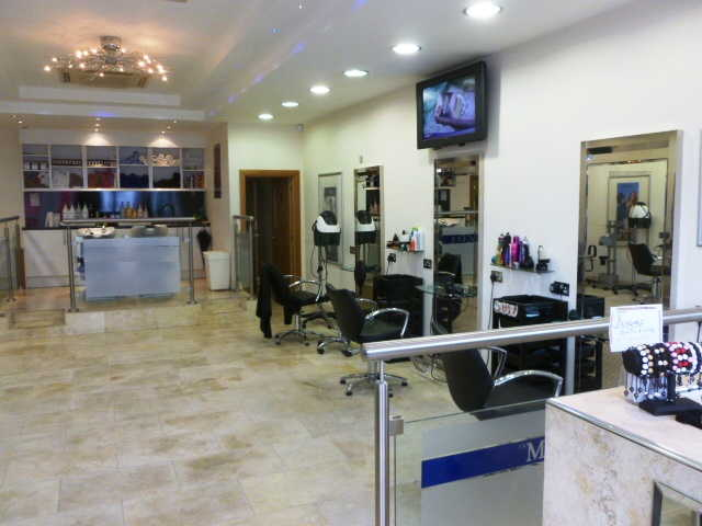 Superbly Fitted Unisex Hairdressing Salon for sale in Carshalton for sale