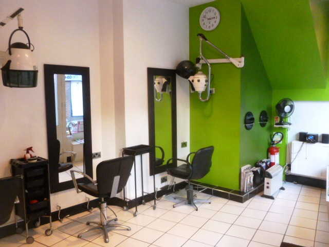 Well Established Fully Fitted Unisex Hairdressing Salon for sale in Brompton for sale