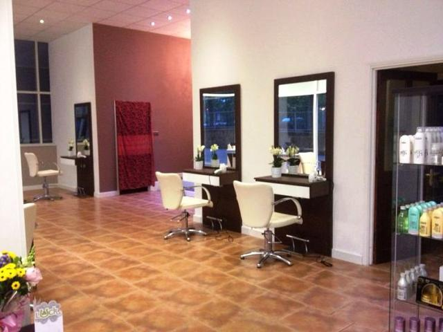Spacious Well Fitted Unisex Hairdressing Salon Plus Beauty Salon - Recently Closed for sale in Buckinghamshire for sale