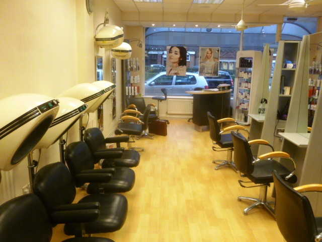 Attractive Well Established Hairdressing Salon for sale in Cobham, Surrey for sale
