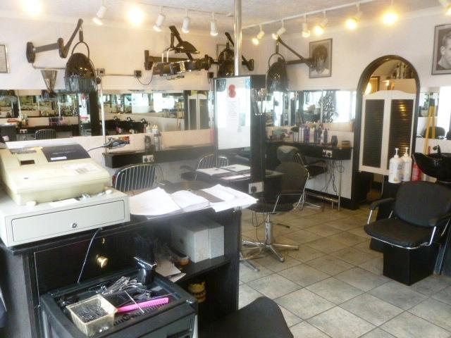 Virtually Freehold (Leasehold Property, Approx982 Years Unexpired, Ground Rent �5 Pa, Fixed) Unisex Hairdressing Salon for sale in Lymington, Dorset for sale