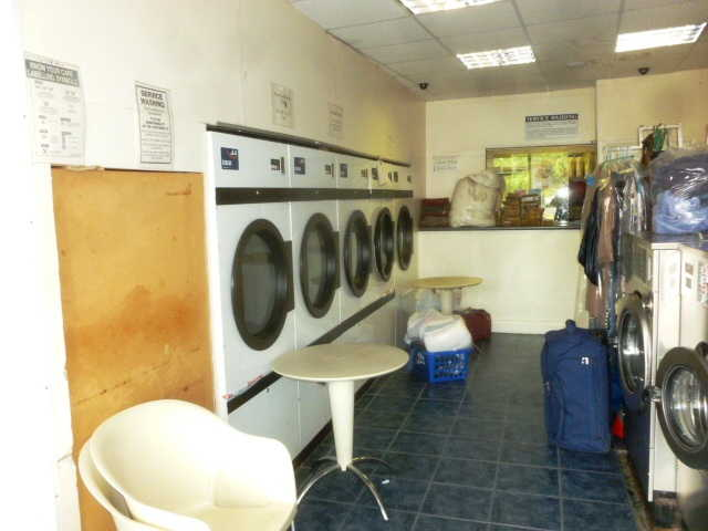 Launderette in Carshalton For Sale