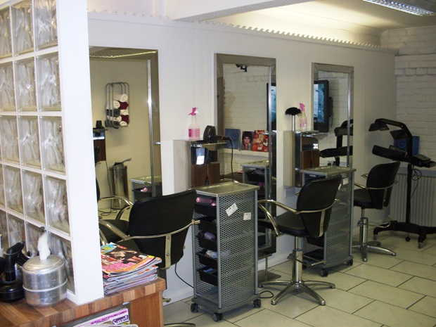 Hairdressing Salon and Beauty Salon in Eastleigh For Sale