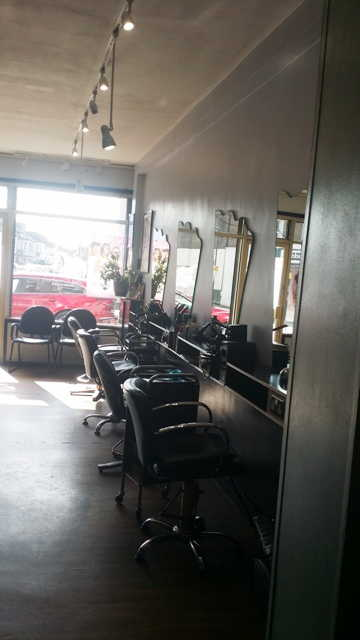 Hairdressing and Beauty Salon in Sydenham For Sale
