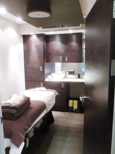Spa and Beauty Salon in South London For Sale