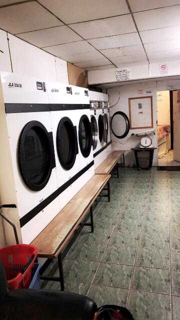 Launderette in Peckham For Sale