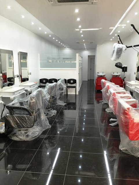 Hairdressing Salon and Mini CAB Office in South London For Sale