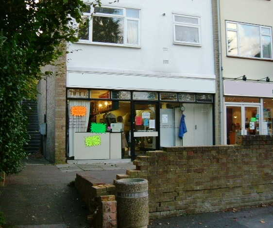 Dry Cleaners and Launderette in Buckinghamshire For Sale
