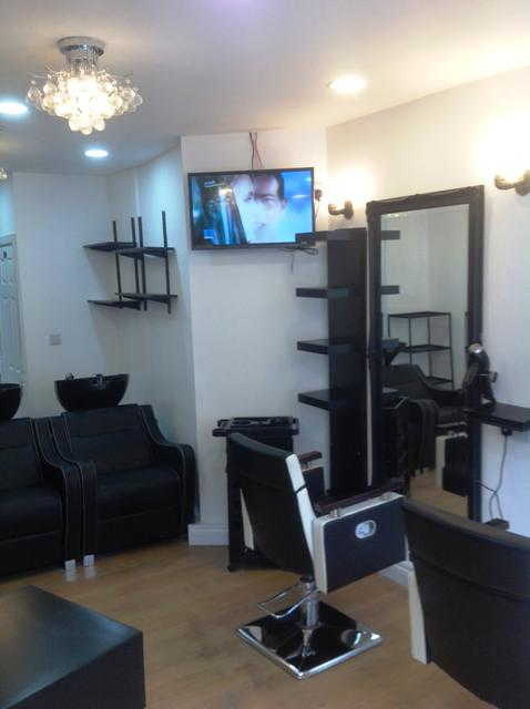 Hairdressing Salon in Holborn For Sale