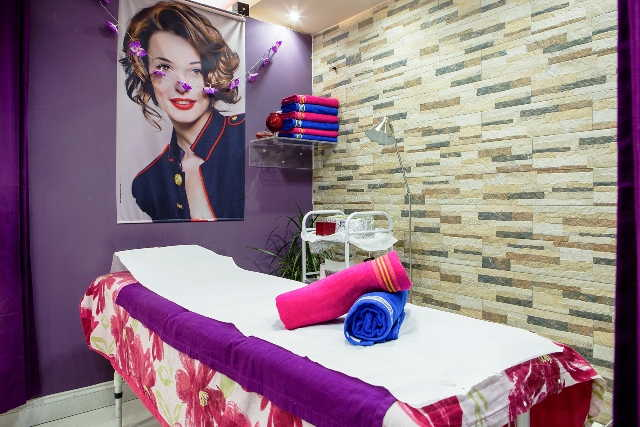 Hair and Beauty Salon in North London for Sale