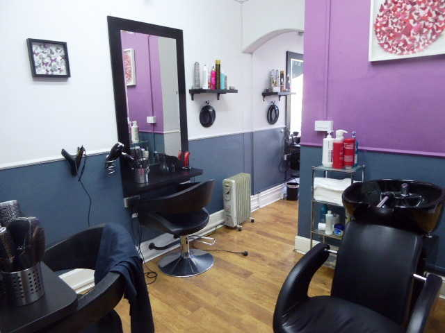 Buy a Hairdressing Salon in Middlesex