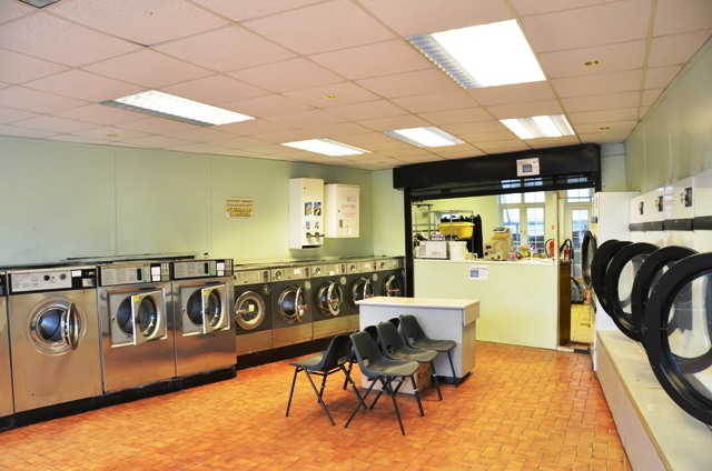 Launderette in North London For Sale