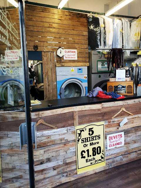 Dry Cleaners (Receiving Shop) in Dulwich For Sale