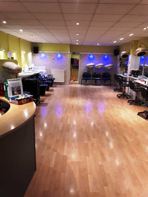Hairdressing Salon in Orpington For Sale