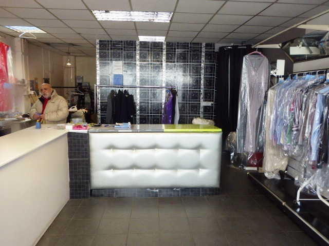 Dry Cleaning Receiving Shop in Orpington For Sale