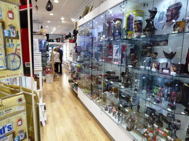 Gift Shop in West Drayton For Sale