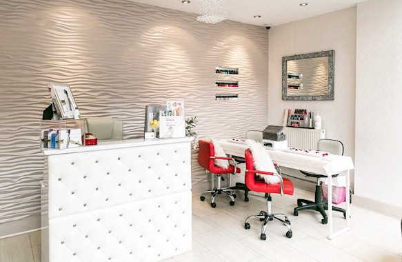 Beauty Salon in Middlesex For Sale for Sale