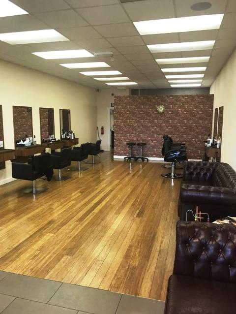 Hairdressing Salon and Beauty Salon in Hampshire For Sale