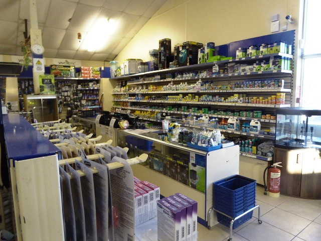 Pet & Aquatic Centre in Gillingham For Sale