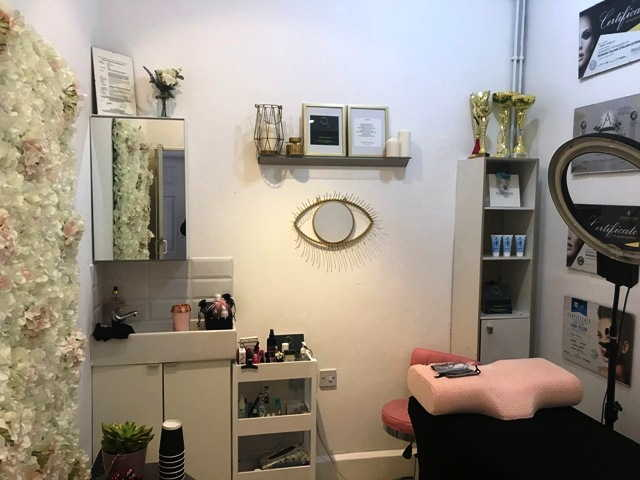 Sell a Hairdressing & Beauty Salon in Hammersmith