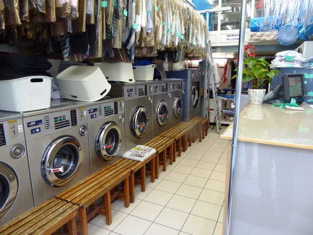 Buy a Dry Cleaners & Launderette in West London For Sale