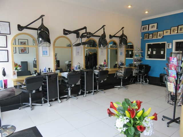 Hairdressing Salon in Gloucestershire For Sale