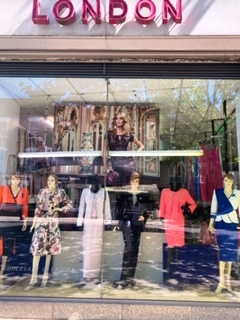 Attractive Fashion Shop in North London For Sale