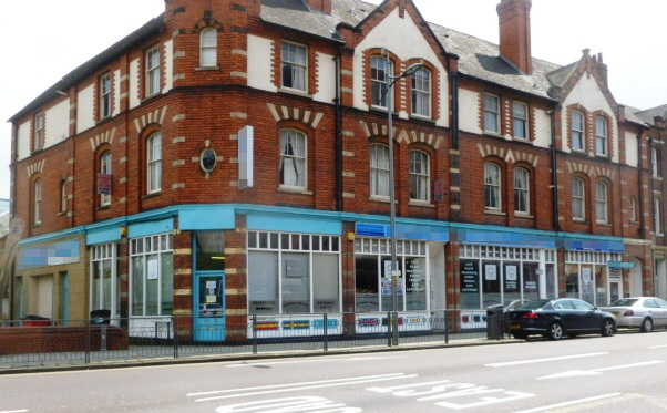 Spacious Licensed Restaurant in West Midlands for sale
