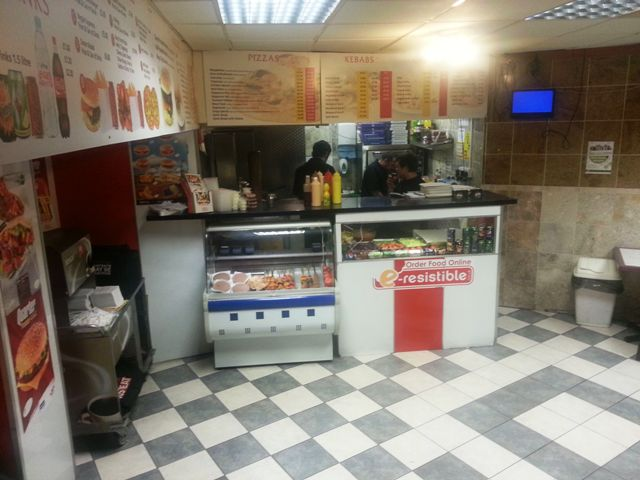 Fully Equipped Restaurant Plus Takeaway (Catering For Burgers, Kebabs, Pizzas, Chicken, Chips Etc) for sale in Bath for sale