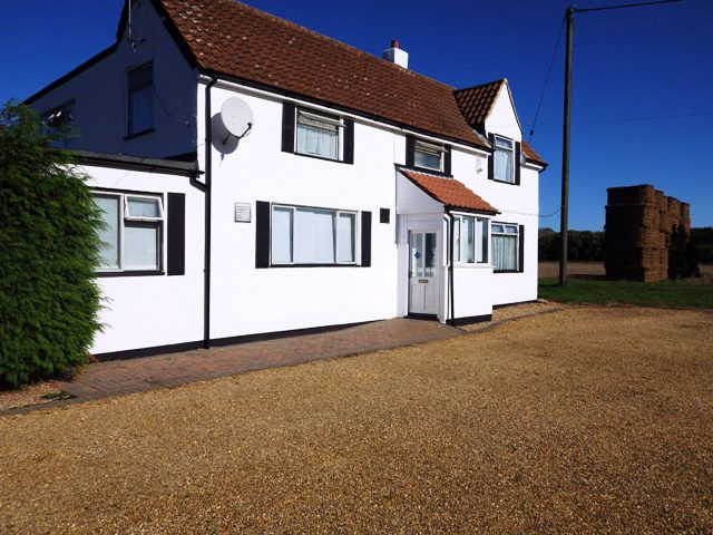 Most Attractive and Appealing Detached Freehold Fully Licensed Free House and Restaurant for sale in Wisbech for sale