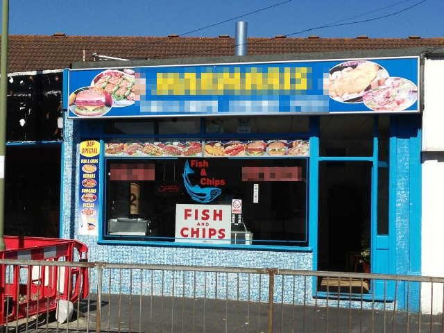 Superbly Fitted Hot Food Takeaway and Delivery Including Fish and Chips, Pizzas, Kebabs, Hampshire For Sale