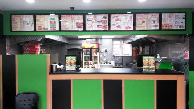 Fast Food Restaurant (Kebabs, Chicken, Burgers and Pizza) in Rugby For Sale