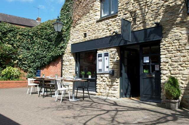 Attractive Licensed Restaurant, Buckinghamshire for sale
