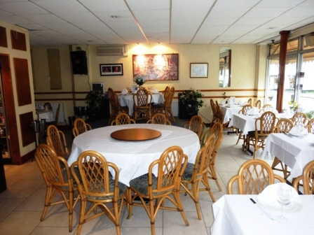 Spacious Well Fitted Licensed Restaurant for sale in Aylesbury for sale